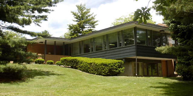 Photo of The Lilly Fellows Program's home, Linwood House