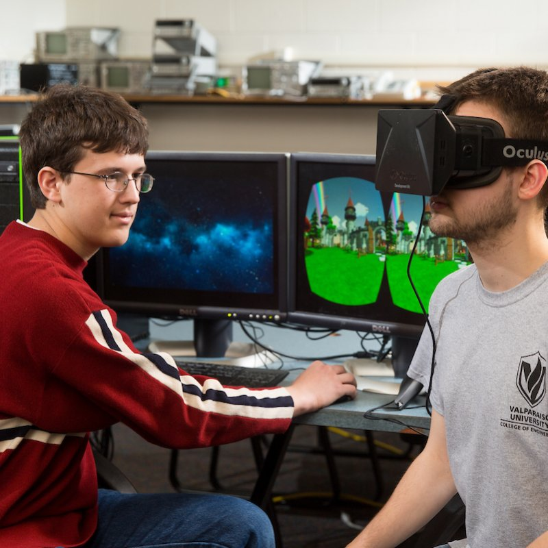 Computer engineering majors experience VR creation.