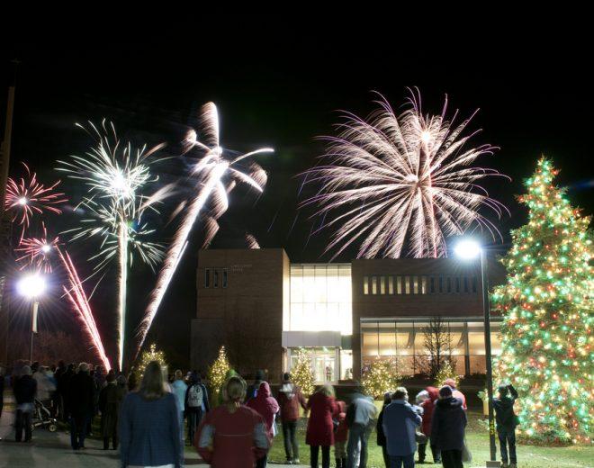 Valpo Hosts Annual Tree Lighting Nov. 30