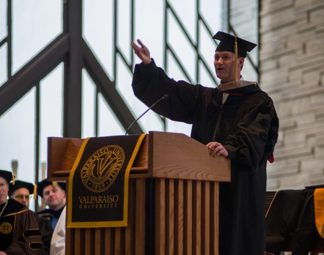 Nunemaker Speaks At Valpo's December Commencement