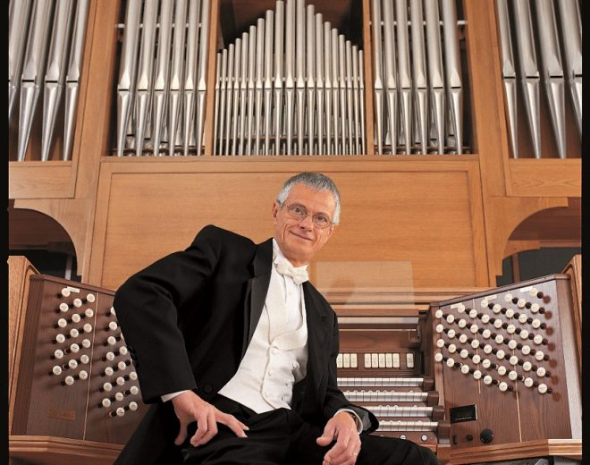 Organist Hector Olivera To Perform At Valpo