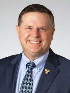 Eric Johnson Headshot