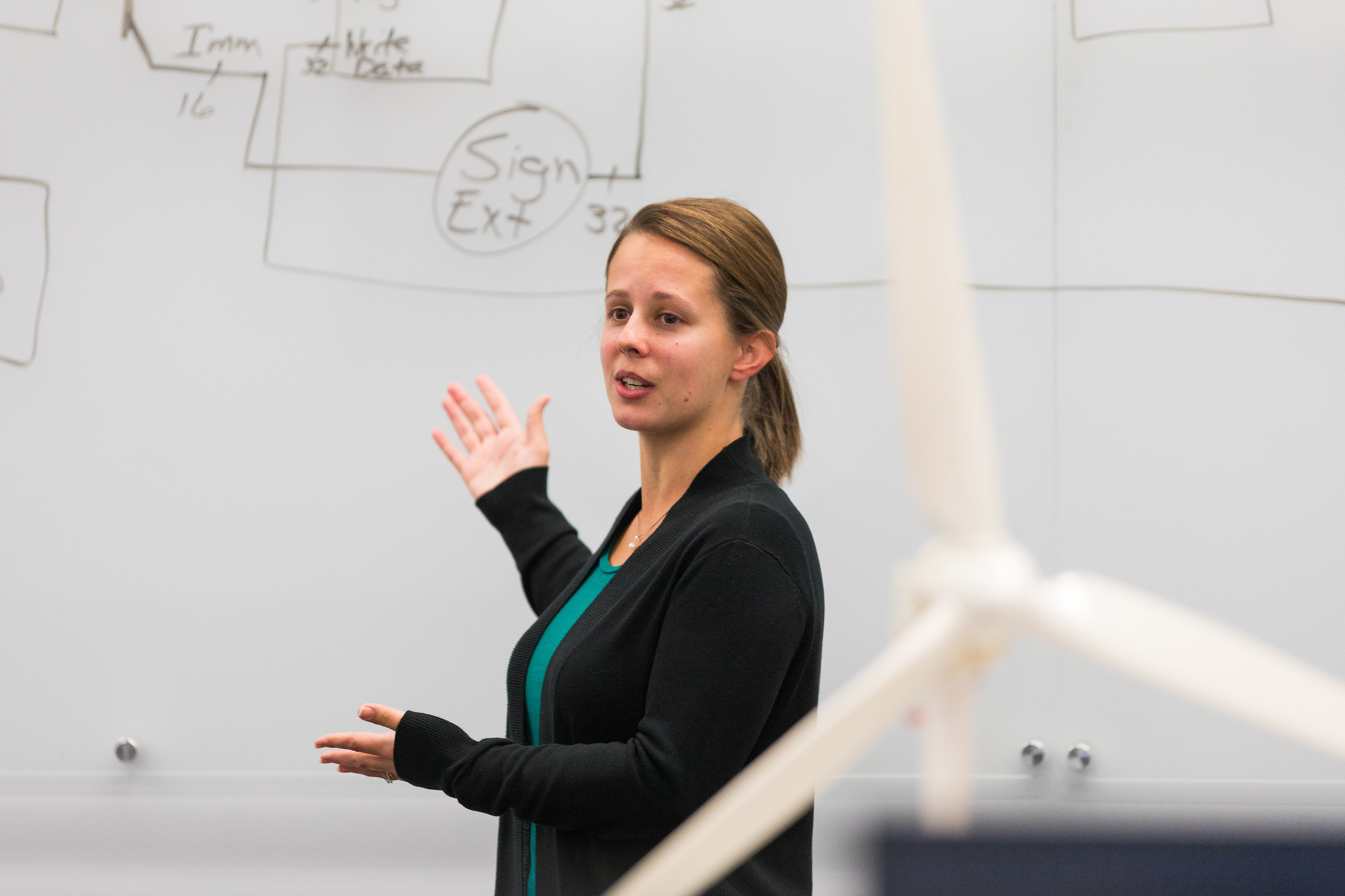Jenny Marley Recognized with Outstanding Teaching Award