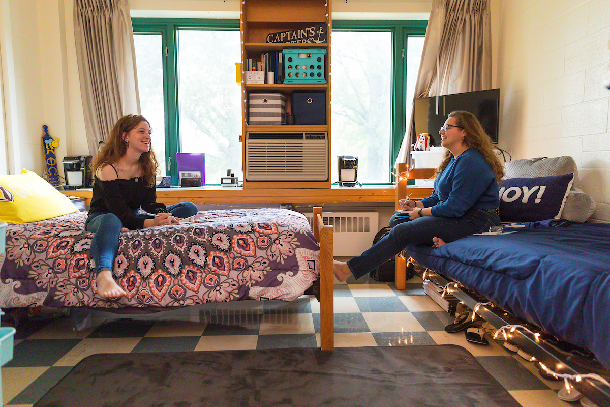 Berg-Room-Different-Layout-with-residents