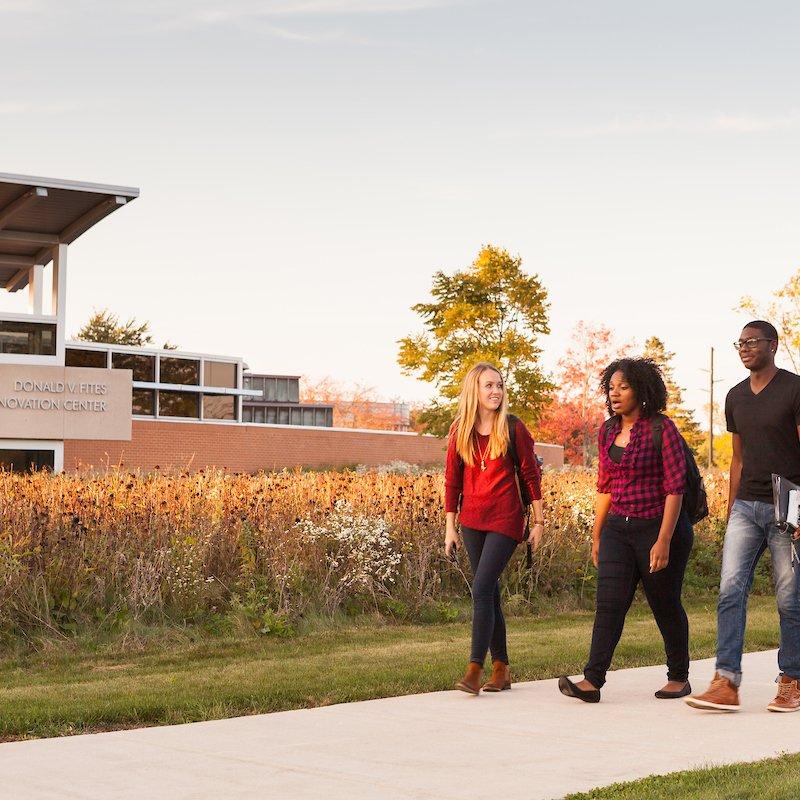 Campus-Scene
