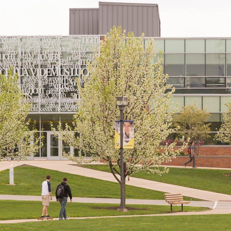 Campus-Scenes