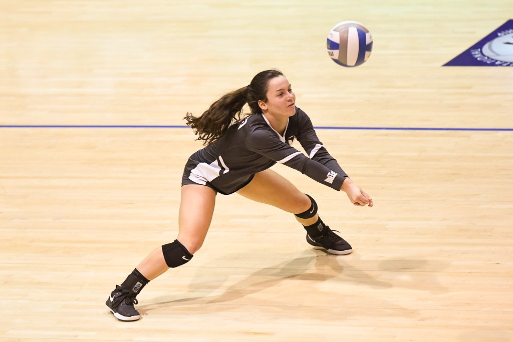 VOLLEYBALL TOPS STRONG SEASON WITH IMPRESSIVE POSTSEASON RUN